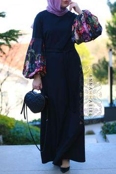 Ideas dress hijab soiree black for 2019 Islamic Fashion, Muslim Fashion, Modest Fashion, Fashion Outfits, Mode Abaya, Mode Hijab, African Fashion Dresses, African Dress, Abaya Designs