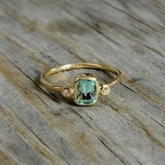 'Too Green to be Aquamarine, But Not Quite and Emerald Green Beryl' | 640$