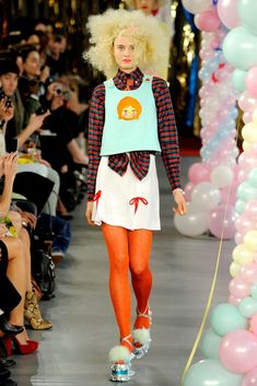 Meadham Kirchhoff Spring 2012 Ready-to-Wear Fashion Show