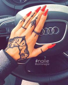 of Aiana😍❤️ - Tattoo - - Piercing Ideen - Henna Designs Hand Henna Finger Tattoo, Simple Henna Tattoo, Finger Tattoo For Women, Hand Tattoos For Women, Mehndi Tattoo, Finger Tattoos, Henna Tattoos, Tribal Hand Tattoos, Geometric Tattoos