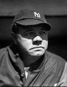 Babe Ruth, Ruth 1, Star Trek Posters, Tom Landry, Baseball Classic, Lou Gehrig, Baseball Pictures, Yankee Stadium, Vintage Comic Books
