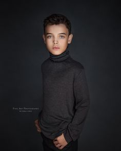 Children Photography, Fine Art Photography, Photography Ideas, Portrait Photography, Portrait Ideas, Family Portraits, Little Boys, Photoshoot, Studio Portraits