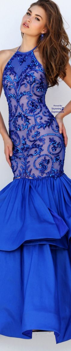 Stunning Expressions Only Fashion, Blue Fashion, Grad Dresses, Formal Dresses, Bleu Cobalt, Fashion Colours, Beautiful Gowns, Color Azul, Ball Gowns