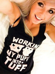 Loving the shirt Jessica! Jessica Nigri, Best Cosplay, People Like, Most Beautiful Women, Pretty Girls, Sexy, T Shirts For Women, Tank Tops, Clothes