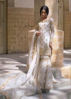 Pakistani Long Dresses, Asian Wedding Dress Pakistani, Asian Bridal Dresses, Nikkah Dress, Desi Wedding Dresses, Pakistani Dress Design, Weeding Dresses, Bridal Lehenga Collection, Indian Party Wear