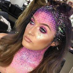 Alien Halloween Makeup, Halloween Costumes, Rave Festival Outfits, Show Makeup, Mermaid Makeup, Fantasy Makeup, Costume Makeup, Creative Makeup, Makeup Junkie