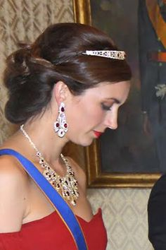 Noblesse et Royautés: Princess Claire in a ruby tiara with matching ruby necklace and earrings
