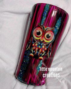 Diy Tumblers, Glitter Tumblers, Glitter Cups, Custom Tumblers, Cup Crafts, Arts And Crafts, Tumblr Cup, Yeti Cup, Cute Cups