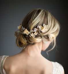 This beautiful wire hair vine wreath available in gold or silver tone, is a lovely finishing touch for the boho chic bride. This halo features 4 fabric flowers set on a beaded wire. Approx. 10.25 long. (This is a Half Halo - does not go all the way around). FULL CROWN NOW AVAILABLE - 21 (53cm) length. Click here: http://etsy.me/1OiuF11  FLOWER COLORS AND INFORMATION, click here: http://etsy.me/2cdWGPD  HOW TO WEAR: BACK - Use bobby pins to attach and secure piece. (not included) Select No…