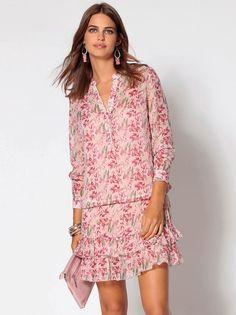 Este favorecedor vestido con femenino estampado de flores y acabado de volantes es ideal para tus días más románticos. Vestido de cuello mao y escote V con - Venca - 140363
