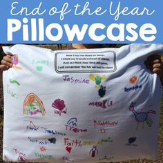 End of Year Pillowcase from Simply Kinder How cute would this be for ANY elementary grade level. End of year memories Pre K Graduation, Kindergarten Graduation, Teaching Kindergarten, Teaching Resources, Teaching Ideas, Graduation Crafts, Kindergarten Projects, Preschool Curriculum, Creative Teaching