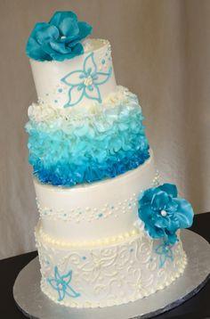 malibu blue wedding cake LOVE IT! Ocean Blue Weddings, Blue Silver Weddings, Wedding Blue, Trendy Wedding, Pretty Cakes, Cute Cakes, Beautiful Cakes, Fancy Cakes, Amazing Cakes