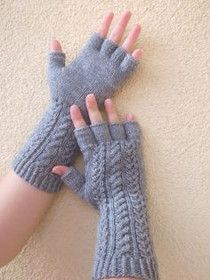 Loom Knitting Patterns, Knitting Stitches, Free Knitting, Knitting Tutorials, Stitch Patterns, Crochet Wrist Warmers, Arm Warmers, Fingerless Gloves Knitted, Garter Stitch