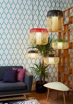 Suspension Bambou pour une ambiance exotique dans le salon