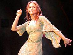 Phantom Of The Opera, Musicals, Dresses With Sleeves, Long Sleeve, Cartoon, Fashion, Emerald, Theater, Moda
