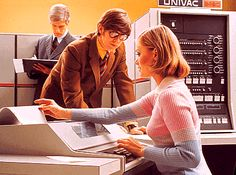 A lovely color advertisement for the UNIVAC 9480.