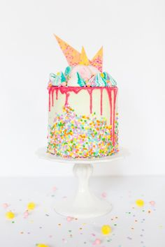 unicorn strawberry cake recipe | Sugar & Cloth
