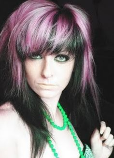 Cool Emo Hairstyle Ideas for Girls to Flaunt Their Look Gothic Hairstyles, Modern Hairstyles, Trending Hairstyles, Emo Hair Color, Scene Hair Colors, Hairstyles Haircuts, Cool Hairstyles, Hairstyle Ideas, Pink And Black Hair