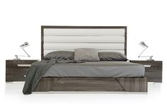 Nova Domus Capulet Italian Modern Grey Queen Size Bed VGACCAPULET-BEDProduct :71386/71387Features:Grey Elm Veneer With Glossy FinishWhite Eco-Leather Upholstered HeadboardChrome Accents, Handles and FeetMade In ItalySome Assembly RequiredDimensions:QueenSize Bed : W65