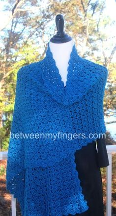 Hug for Janice Shawl- Free Crochet Pattern from Between My Fingers