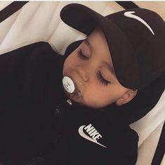 Imagen de baby, nike, and boy Cute Baby Boy, Cute Little Baby, Cute Baby Clothes, Little Babies, Cute Kids, Baby Baby, Baby Swag, Cute Mixed Babies, Cute Babies