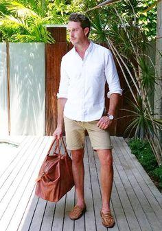 【夏】白シャツ×チノショーツ・ローファーの着こなし(メンズ) | Italy Web                              …