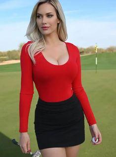 Beautiful Female Celebrities, Beautiful Women, Beautiful Curves, Amazing Women, Sexy Golf, Ted, Poses, Christina Hendricks, Female Athletes