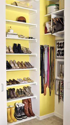 Loving the organization in this closet.