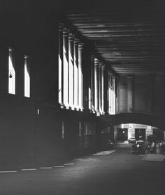 Walker Evans Penn Station 1963 Portraits of a Doomed American
