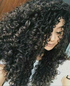 Vandressa Ribeiro   Curly Hair   Cabelo cacheado   Cachos   Cacheada
