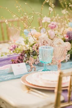 Whimsical unicorn details, a pastel rainbow palette, rose gold glam accessories, and enchanting celestial decor create wedding worthy of a fairy tale bride! Creative Wedding Favors, Wedding Favors Cheap, Wedding Reception Decorations, Wedding Favours, Wedding Themes, Wedding Table, Wedding Ideas, Themed Weddings, Wedding Crafts