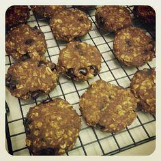 The Little Red Journal: Spiced Pumpkin Oat Cookies