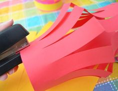 How to Make Easy Paper Lanterns (Japan) - Inner Child Fun Chinese New Year Crafts For Kids, Crafts For 3 Year Olds, Bible Crafts For Kids, Diy For Kids, Eid Crafts, Ramadan Crafts, New Year's Crafts, Diy Laterns, Ideas Lanterns