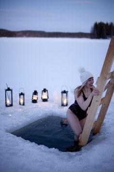 winter dip in Finnland