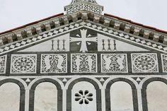 Firenze Basilica di San Miniato al Monte (facciata esterna)     #TuscanyAgriturismoGiratola