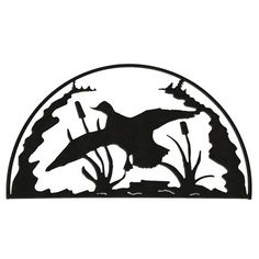 This Duck Hoop is a great accent for any lodge decor. Choose from a glistening Hammered Black finish or a Clear-Coated Natural Rust Patina on this duck silhouette. This great piece of art provides a c Wood Burning Crafts, Wood Burning Patterns, Metal Art Decor, Metal Wall Art, Hunting Decal, Duck Hunting, Hunting Dogs, Duck Silhouette, Scroll Saw Patterns