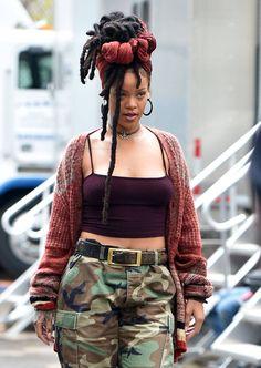 Rihanna arriving at the Ocean 8 Set in NYC (Nov. 3)
