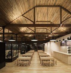 Graham's 1890 Lodge Rehabilitation / Luis Loureiro + P-06 - Nuno Gusmão © Fernando Guerra + Sergio Guerra | Plataforma Arquitectura | #madera #techo #deco #interior #architecture