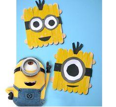 Créez et jouez aux Minions en Bâtonnets : Vous pourrez y jouer, les coller définitivement pour les offrir ou décorer la chambre des enfants.