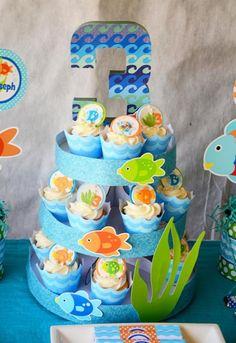 Crissy's Crafts M's Birthday / - Rainbow Fish Party at Catch My Party 3rd Birthday Boys, 3rd Birthday Parties, Birthday Ideas, Fishing Cupcakes, Bubble Guppies Party, Rainbow Fish, Cupcake Display, Party Ideas, Fish Theme