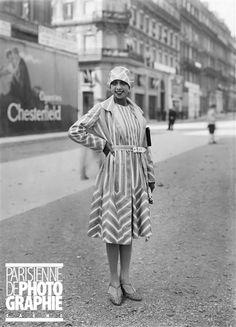a picture snapped in Paris, France - Joséphine Baker (1906-1975), artiste de music-hall américaine. Paris, 1927.