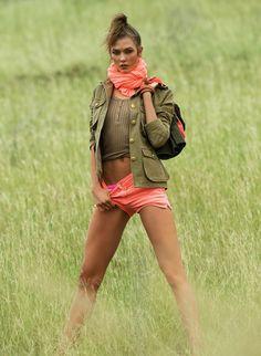 Karlie Kloss par Gilles Bensimon http://www.vogue.fr/mode/mannequins/diaporama/les-mannequins-du-numero-de-juin-juillet-2014-de-vogue-paris-natasha-poly-anna-ewers-kendall-jenner/19135/image/1009365#!karlie-kloss-vogue-paris-juin-juillet-2014-miss-vogue