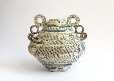 Paper vase Amphora Vase Newspaper Eco-Friendly by PensieriCreativi