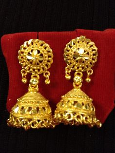 Indian jewelry - small detailed gold earrings | HDaccessories