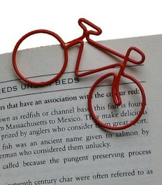 bicycle paperclip- I feel the need o add these to my collection