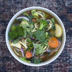 MACROBIOTIC BONE BROTH SOUP // I've been studying nutrition for years now, and there is so much to be learned from each and every food movem. Diet Recipes, Vegan Recipes, Vegan Meals, Macrobiotic Recipes, Bone Broth Soup, How To Eat Paleo, Whole 30 Recipes, Paleo Diet, Soups And Stews