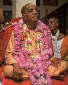 """Only unto those great souls who have implicit faith in both the Lord and the spiritual master are all the imports of Vedic knowledge automatically revealed."" -Svetasvatara Upanisad 6.23"