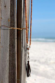 Fermoir collier, pompon en cuir chocolat w Pave diamants, Style de Yoga, superposition de Long, perles de Tahiti et de bois de santal, ajouter un pendentif