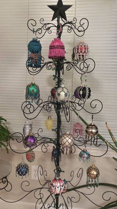 Beaded holiday designs do not grow old - Bead&Button Magazine Community - Forums, Blogs, and Photo Galleries