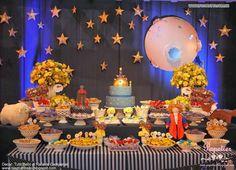 candy bar pequeño principe - Buscar con Google Prince Birthday Party, First Birthday Parties, First Birthdays, Little Prince Party, The Little Prince, Fun Party Themes, Party Ideas, Candy Bar Party, Baby Shower